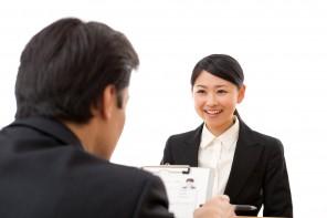 転職活動の面接での服装について
